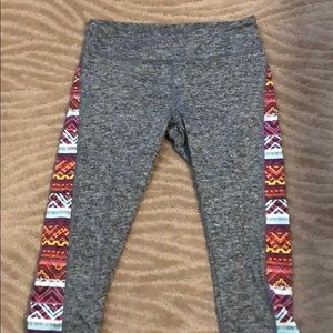 Workout capris gray with print side panels